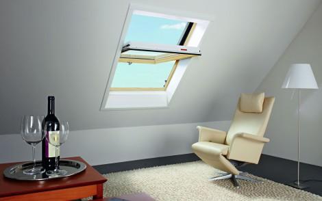 Střešní okno Roto Designo WDF R45 K K WD 7/9 740 x 980 plastové v dekoru Borovice