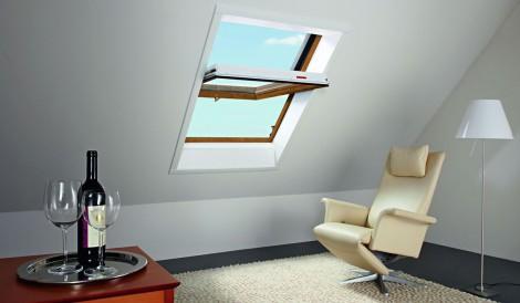 Střešní okno Roto Designo WDF R45 K G WD 7/9 740 x 980 plastové v dekoru Zlatý dub